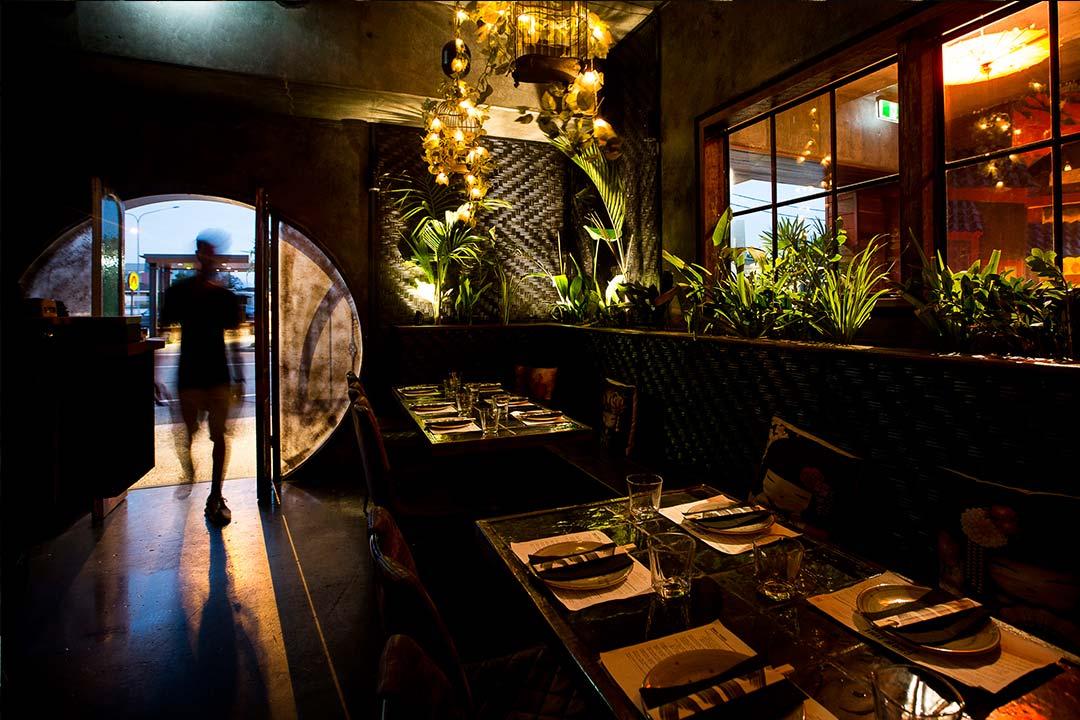 128_diseno_marca_restaurante_ally_chow_original
